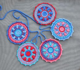 Mini Mandala Garland