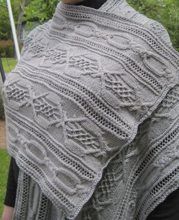 Therion Cluster Cable Lace Shawl
