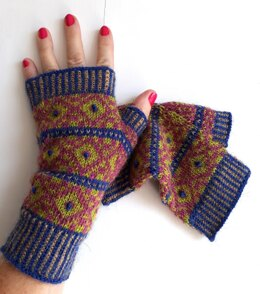 Studded Mitts
