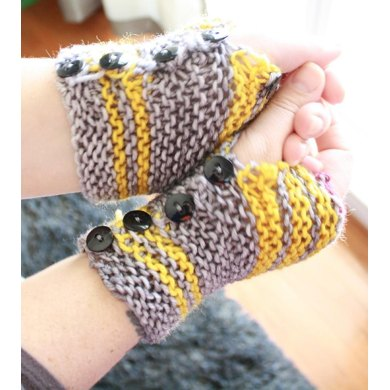 East Juniper Mitts