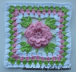 Flower in granny square
