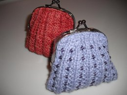 Ribbed and beaded coin purse
