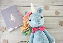 Holly the Unicorn
