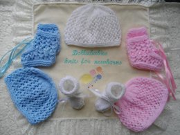 40. Unisex Lacy Hat & Bootee Set Preemie-3 Months