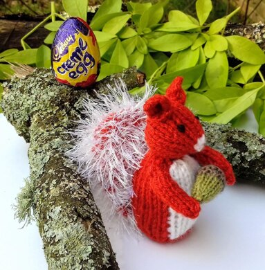 Little Red Squirrel - Easter Egg Cover