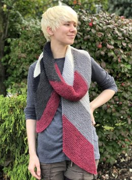 Diagonal Scarf in Plymouth Yarn - F832 - Downloadable PDF