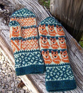 Tiny Foxes Mittens
