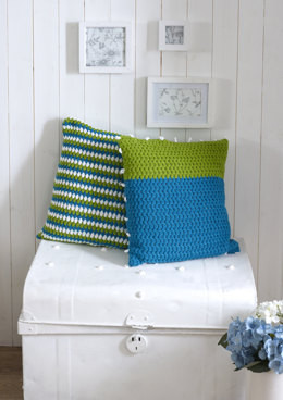 Alternate Treble Cluster Cushion Set in DY Choice - DYP316 - Leaflet