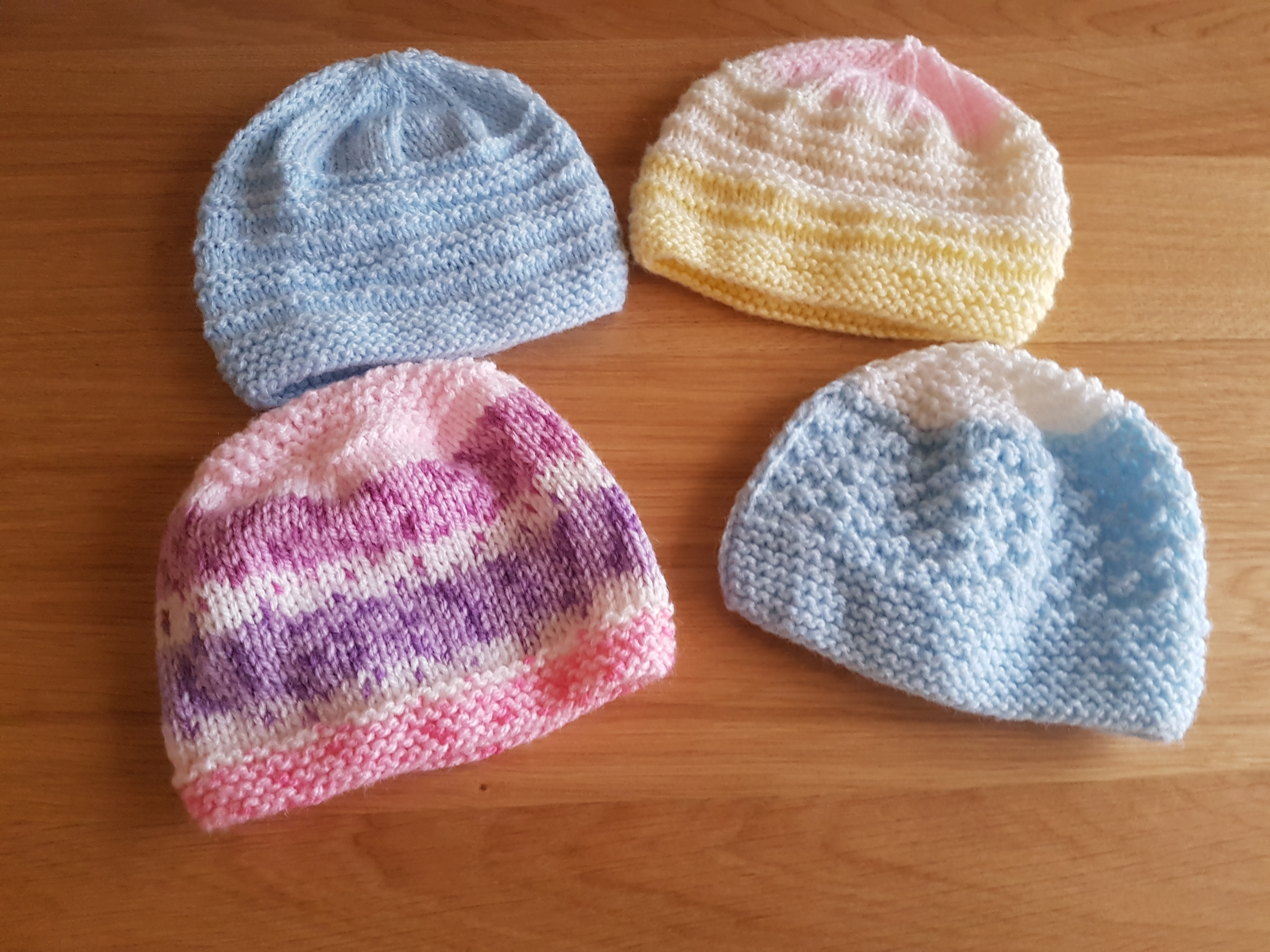 Knitting Unit Project : Beanie hat for local maternity unit knitting project by
