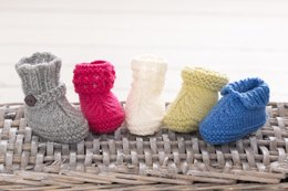 Super Easy Baby Booties