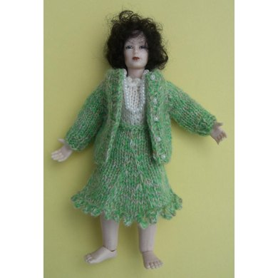 HMC51 Cardigan and skirt outfit for the dolls house