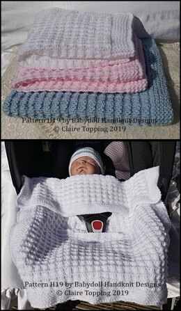 Simple waffle style blanket in two sizes and car seat blanket