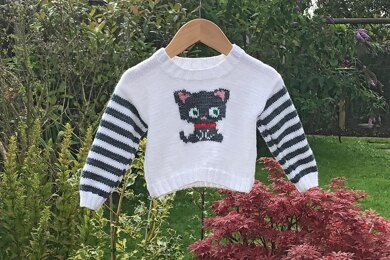 Jumper with Grey Cat Motif