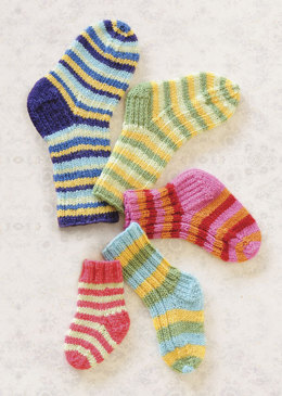 Lots O' Socks in Spud & Chloe Fine - 9810