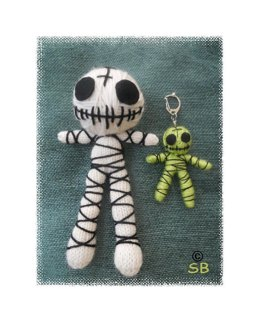 Mummy voodoo doll and key ring