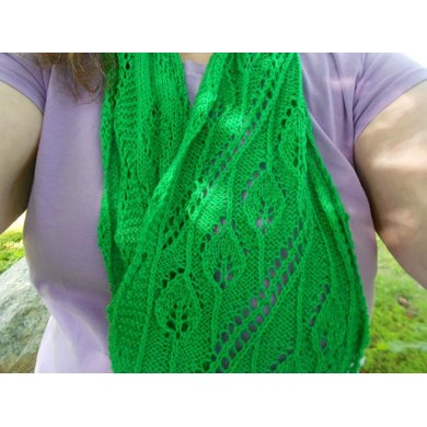 Leaning Leaf Infinity Scarf
