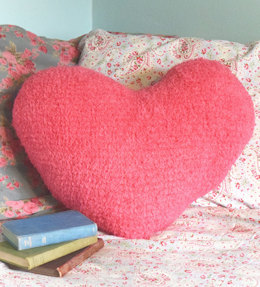Heart Cushion in Robin Fleece Chunky - Downloadable PDF