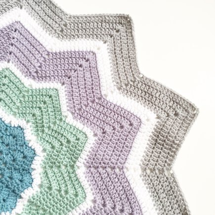 Round Ripple Star Blanket Crochet Project By Forever Autumn