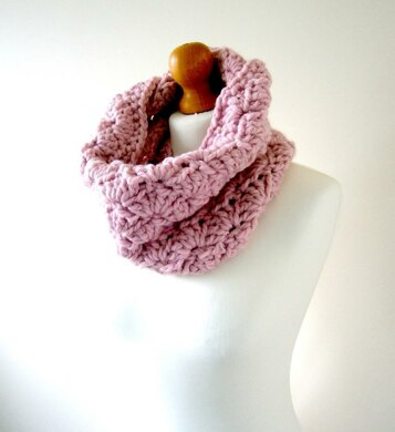 The Stacie Cowl