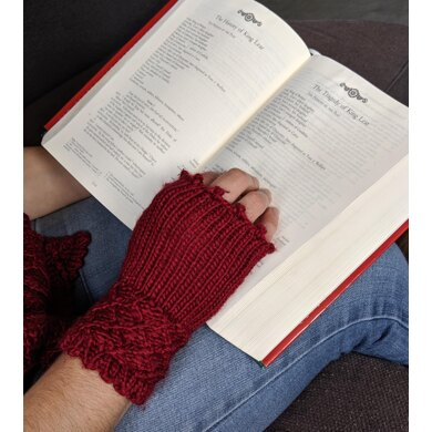 Mrs Lear's Mitts
