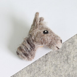Hawthorn Handmade Horse Brooch Needle Felting Kit