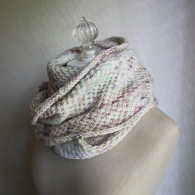 Phydelle Infinity Scarf / Cowl