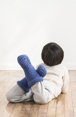 Sunday Morning Slippers in Spud & Chloe Outer - 201717 - Downloadable PDF