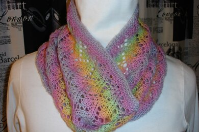 Summer Lace Cowl