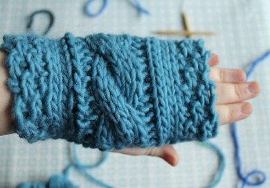 Simple cable mitts