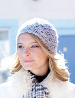 Swirl Hat in Patons Lace Sequin