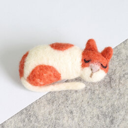 Hawthorn Handmade Cat Mini Needle Felting Kit - Brooch