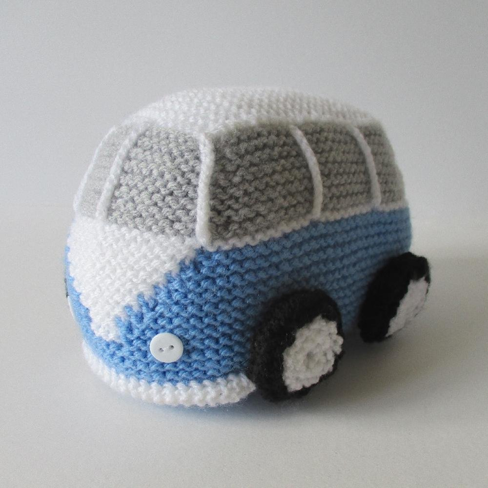 Free patterns? Yes please : campervan cushion knitting pattern free  - pillowsntoast.com