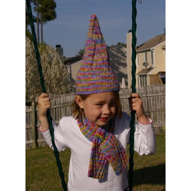 Peaks child's scarf and hat