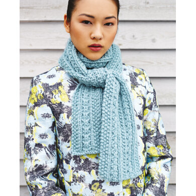 """Scarf"" : Scarf Knitting Pattern for Women in Debbie Bliss Super Bulky 