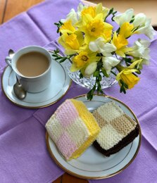 Play Food Battenberg Cake Slice in Lemon or Chocolate in Patons Fab or Robin DK