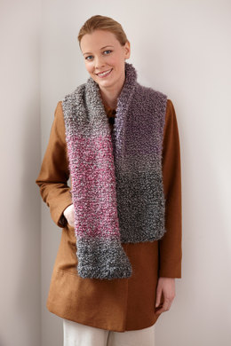 Simple One Ball Scarf in Lion Brand Homespun Thick & Quick - L30125B