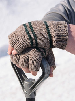 Manly Fingerless Gloves in Spud & Chloe Sweater