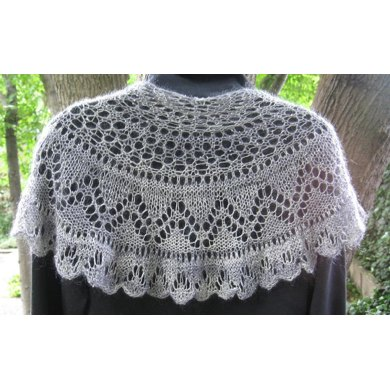 Graceful Curve, Shawl