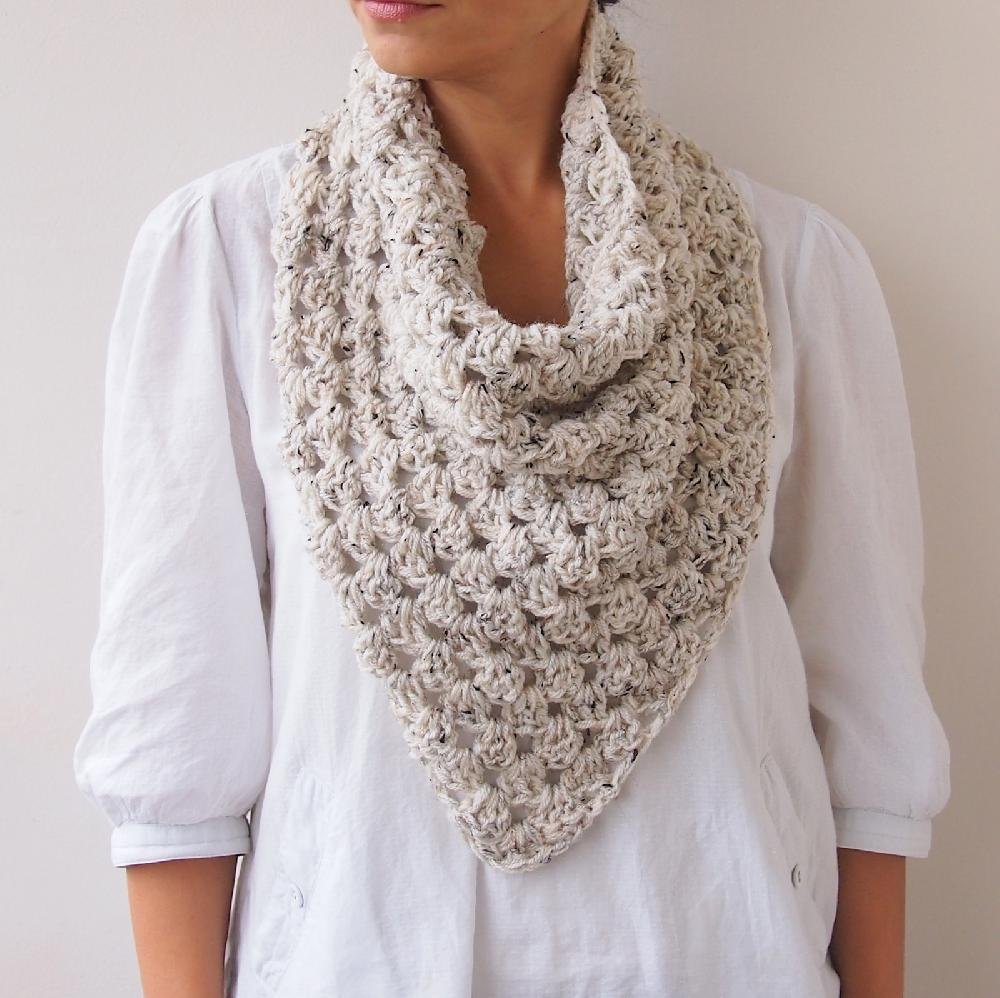 Granny triangle cowl loop scarf Crochet pattern by Accessorise
