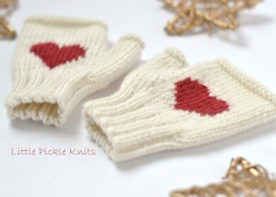 Heart Fingerless Mittens