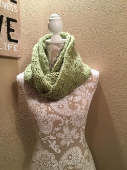 Chunky Lacy Infinity Scarf