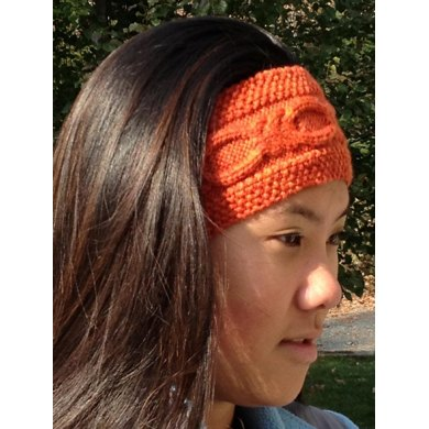 Knotty Cabled Earwarmer