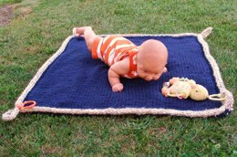 Easy Floor Blanket for Baby