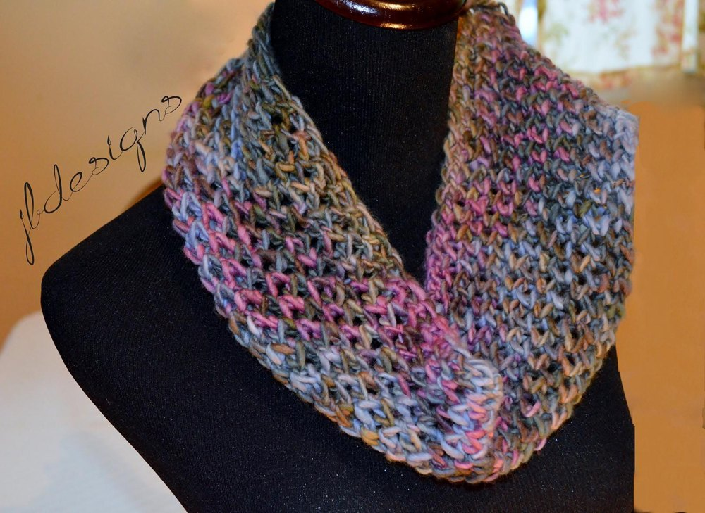Modified Diamond Lace Scarf Loom Knitting Pattern By
