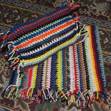 AG Fringed Scrapghan and Pillow Set
