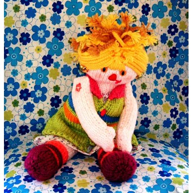 Daisy Knitted Doll
