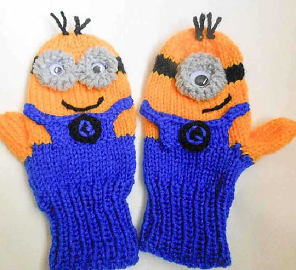 Minion character mittens knitted version knitting pattern by minion character mittens knitted version zoom bankloansurffo Choice Image