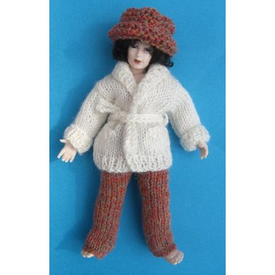 HMC54 Cardigan and trousers for a doll in the dolls house