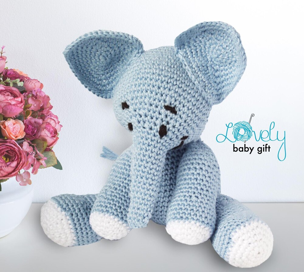 Elephant Amigurumi - Free Crochet Pattern • Craft Passion | 893x1000