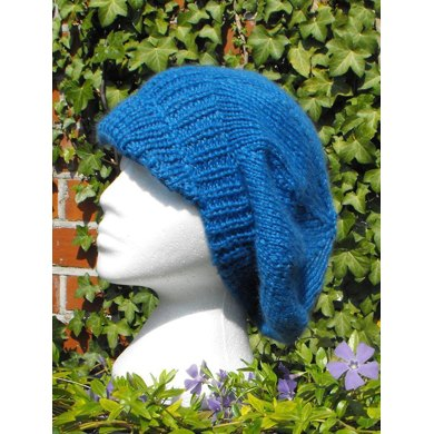 PEAK TAM SLOUCH HAT KNITTING PATTERN